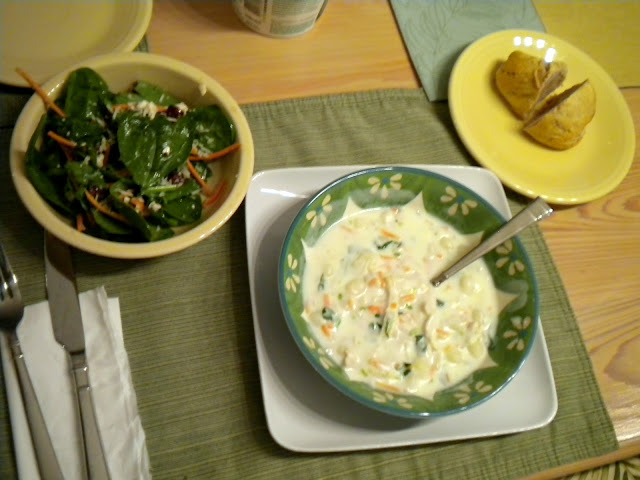 Tobins 39 tastes olive garden 39 s chicken gnocchi soup for How much is soup and salad at olive garden