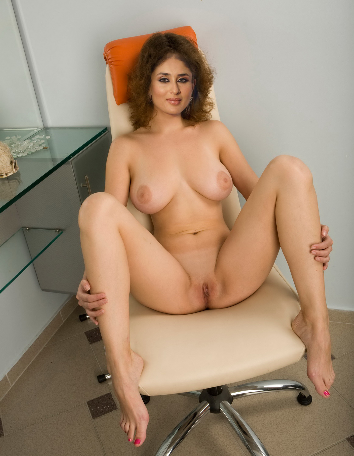 Actressess nude bollywood