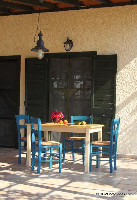 Summer house veranda table & chairs