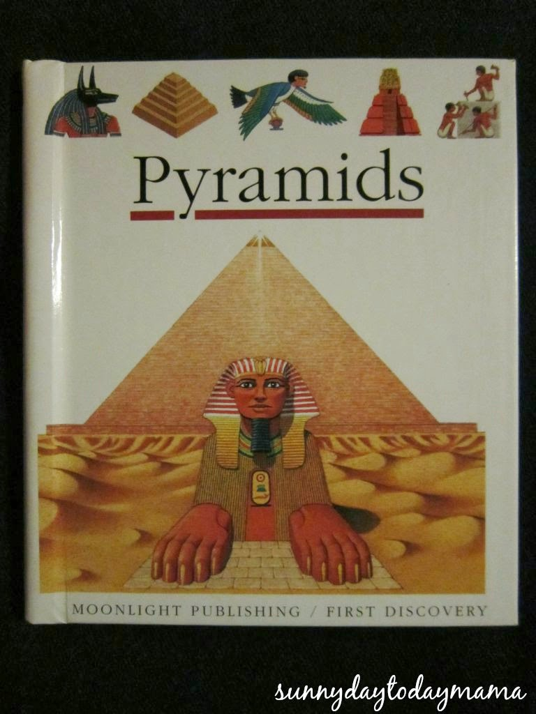 book review pyramids egypt Sure, dinosaurs have those boxy heads and giant teeth and terrifying appetites, but ancient egypt has mummies, slaves, pyramids, curses and, to top it all off, the sphinx i rest my case.