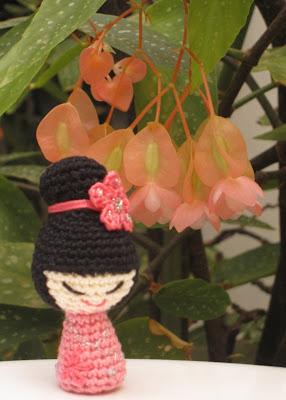 Kokeshi amigurumi rosa