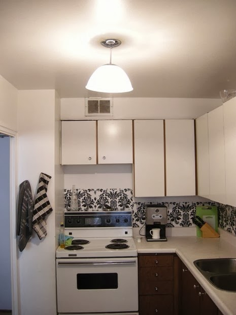 The lovely side: 6 renter friendly backsplash diy ideas
