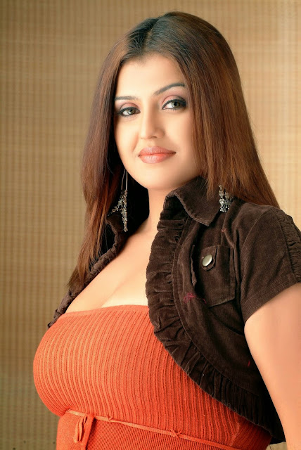 Sona Aunty's Hot Pictures
