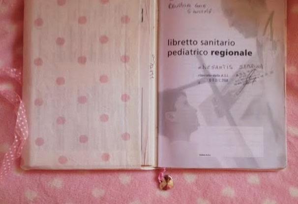 100%LOVE: Porta libretto