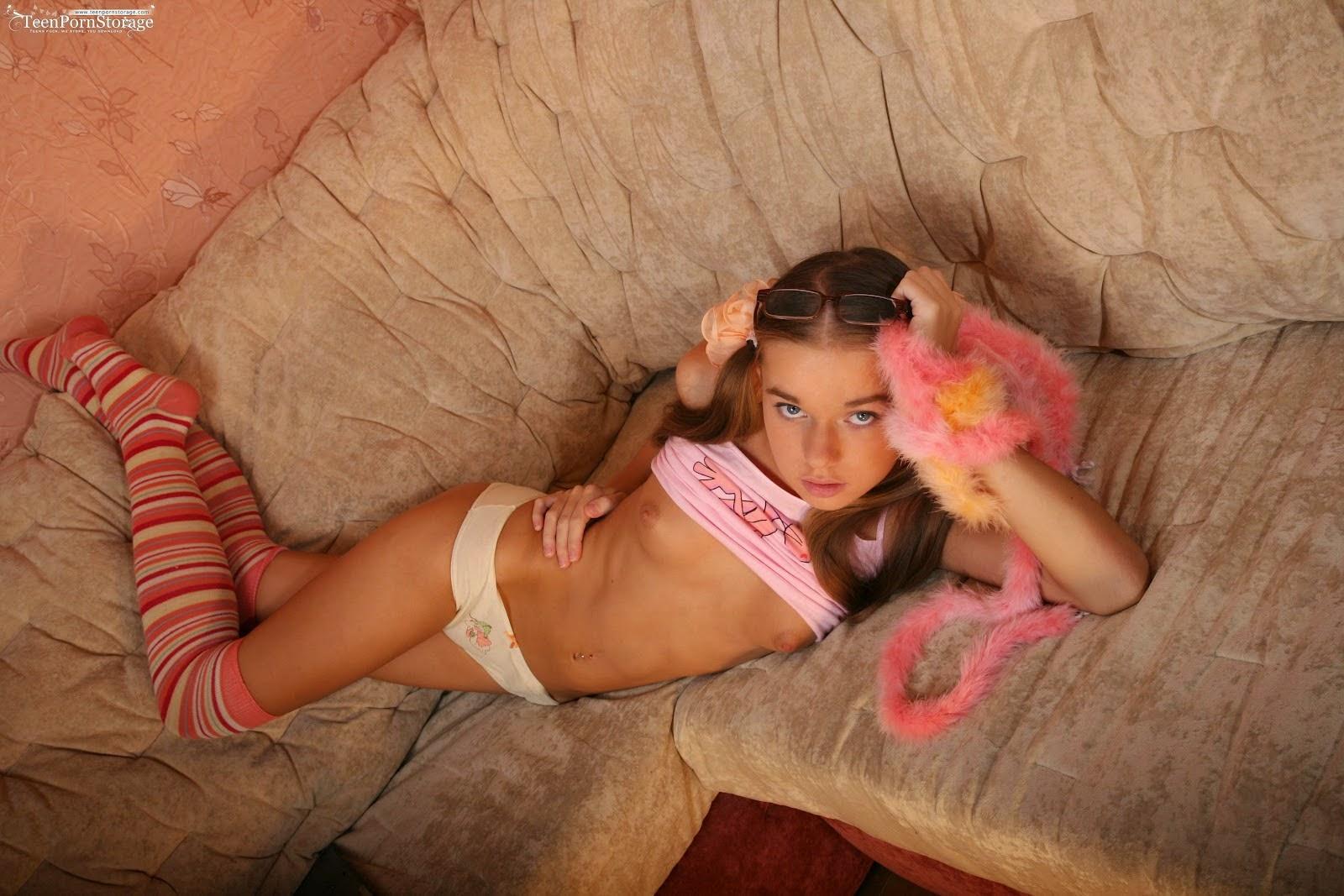 tranny-pics-hot-girl-teens-sleeping-naked-deep