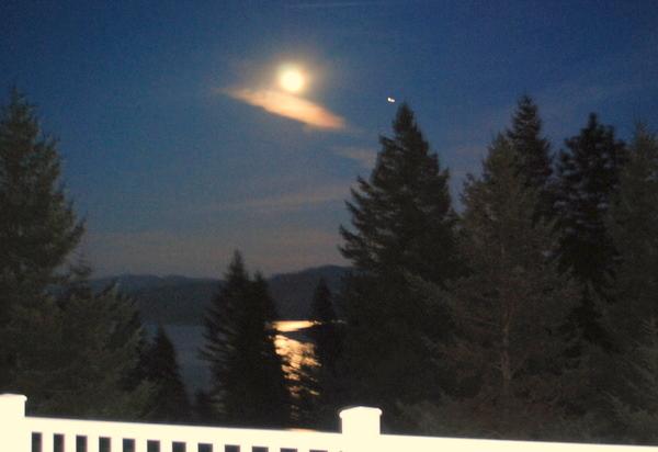 Full Moon Idaho an Autumn Full Moon