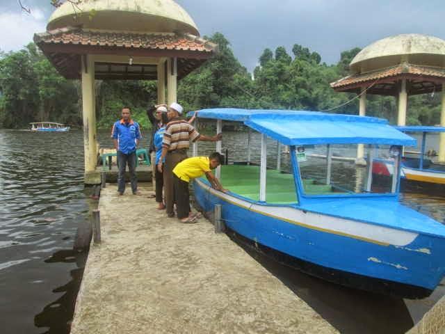 Sewa Perahu di Danau/Situ Lengkong