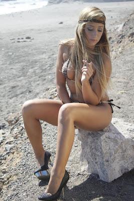 Romina Gachoy Romina Gachoy, la nena Uruguaya haciendo sensuales fotos.