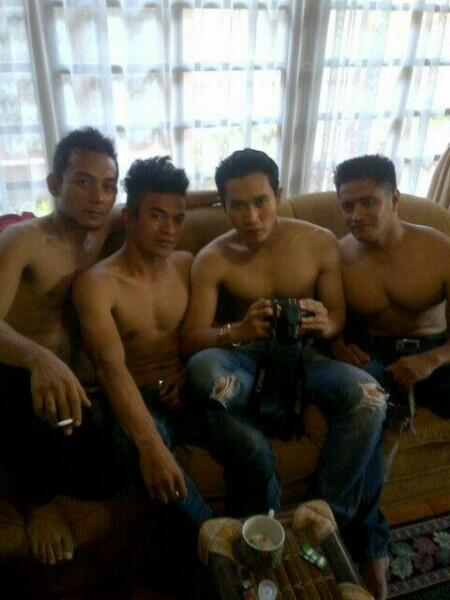 indonesia gay groupsex