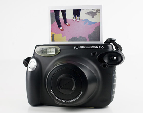 passione polaroid fuji instax 210 wide. Black Bedroom Furniture Sets. Home Design Ideas