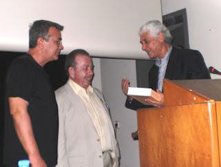Με επιτυχία η παρουσίαση στη Θήβα του βιβλίου «Μαγειρικές εντός» του Ηλία Μαμαλάκη και του ΚΕΘΕΑ εν Δράσει με την υποστήριξη της ΧΕΝ Θήβας και του Δήμου.