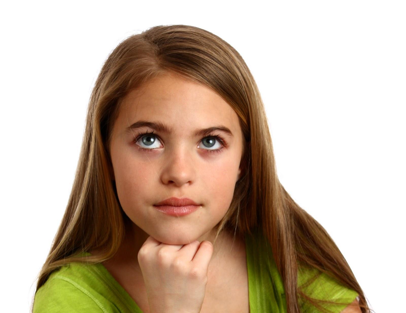"""Efectos especiales """"niña pensando""""   imaginativa diseño creativo"""