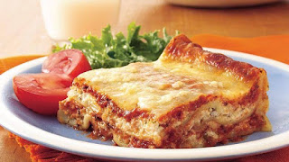 Roti lapis berdaging atau bread lasagna