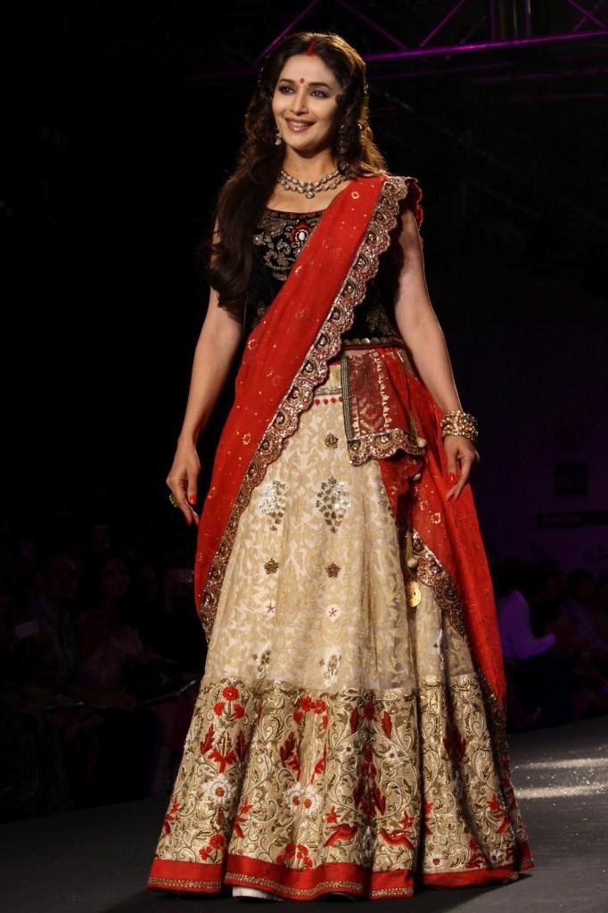 All Hd Images Indian Top Designer Manish Malhotra Latest