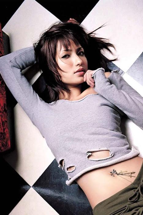 japanese model, singer sada mayumi