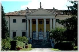 La Villa Favorita