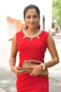 Vrushali Gosavi Stills At Vaadu Nenu Kadhu Movie Launch 3.jpg