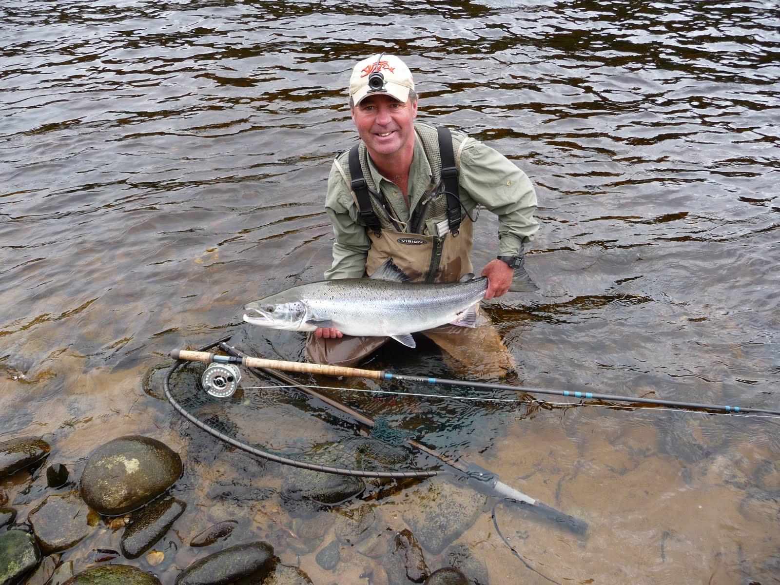 Salmon fishing scotland salmon fishing scotland catching for Fly fishing for salmon