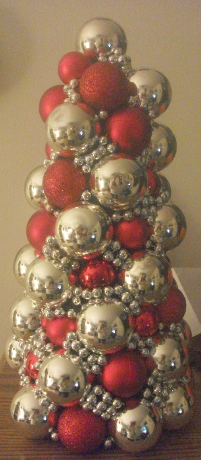 Thrifty crafty girl days of christmas ornament tree