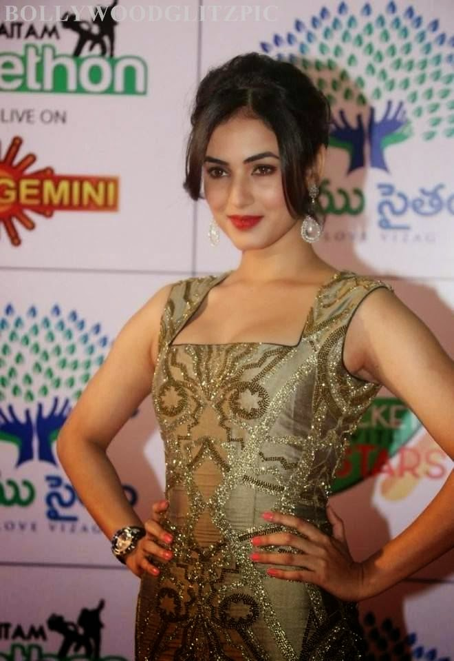 sonal chauhan latest wallpapers