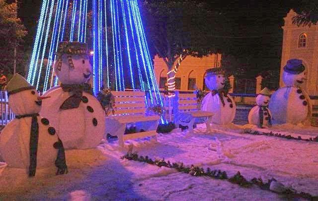 Decoração natalina encanta moradores de Ouro Velho e visitantes