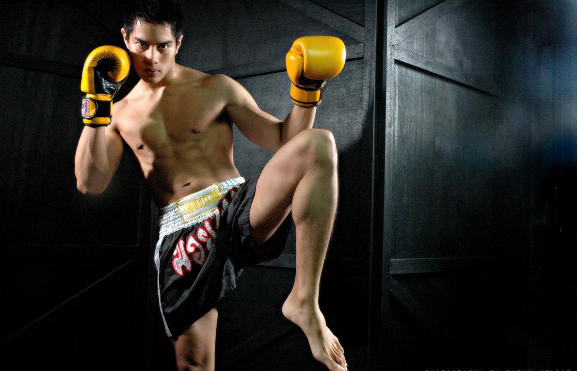 How to build body like bruce lee by munfitnessblog com -  3 Boxing Kick Boxing Or Thai Boxing