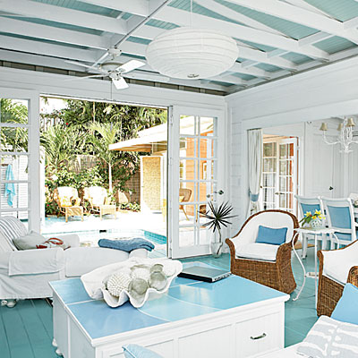 Key west cottage living decorating completely coastal for Key west style kitchen designs