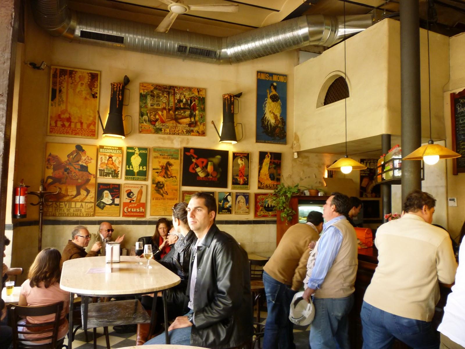El portal de susana alc zares un antiguo bar al calor for Bar madera sevilla