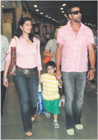 akshay family