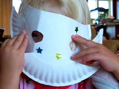 halloween crafts for kid: making masks…