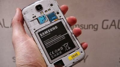 Free replacement of batteries for Galaxy S4