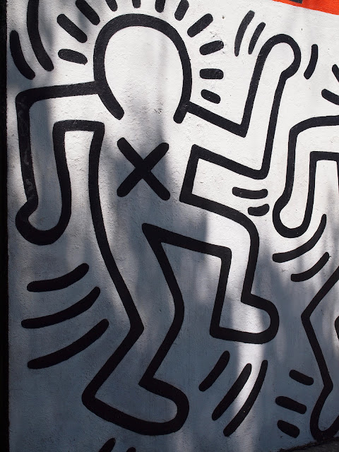 Crack is Wack!, Close Up, keith Haring, Public Art, New York city