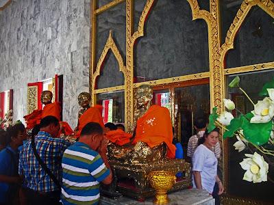 Monjes, Wat Chalong