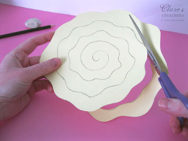 Своими руками поделка из бумаги роза