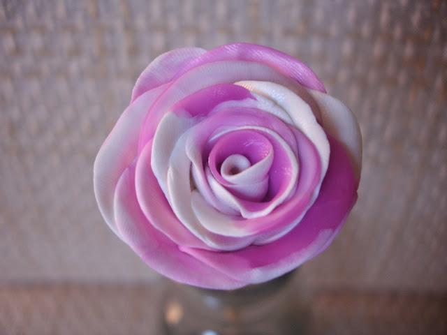 Rosa mescla, lilás e branco, biscuit