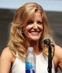 Anna Gunn Height - How Tall