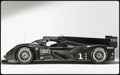 2011-Audi-R18-Sport-View