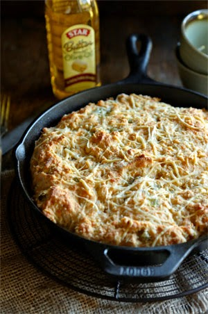 Green Chili and Cheese Skillet Beer Bread