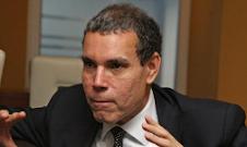 Luis Vicente León: La oposición no tiene ninguna posibilidad de ganarle al Gobierno por vía radical