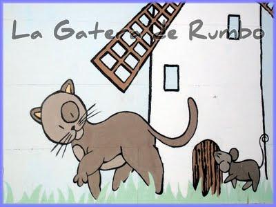 El gato y el ratón, de cerca.