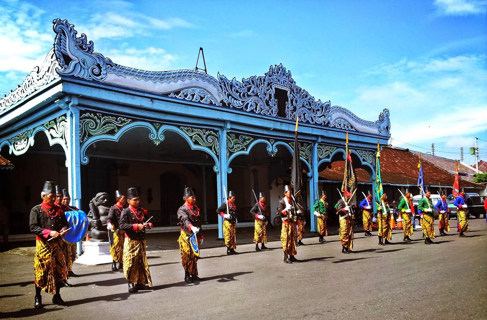 Info Wisata di Kota Solo: Berkeliling Mengenal Budaya Solo di Keraton Kasunanan Solo