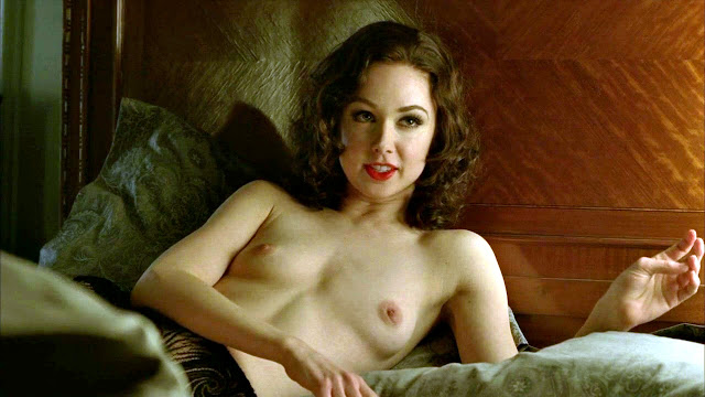 Emily Bett Rickards Nude Naked