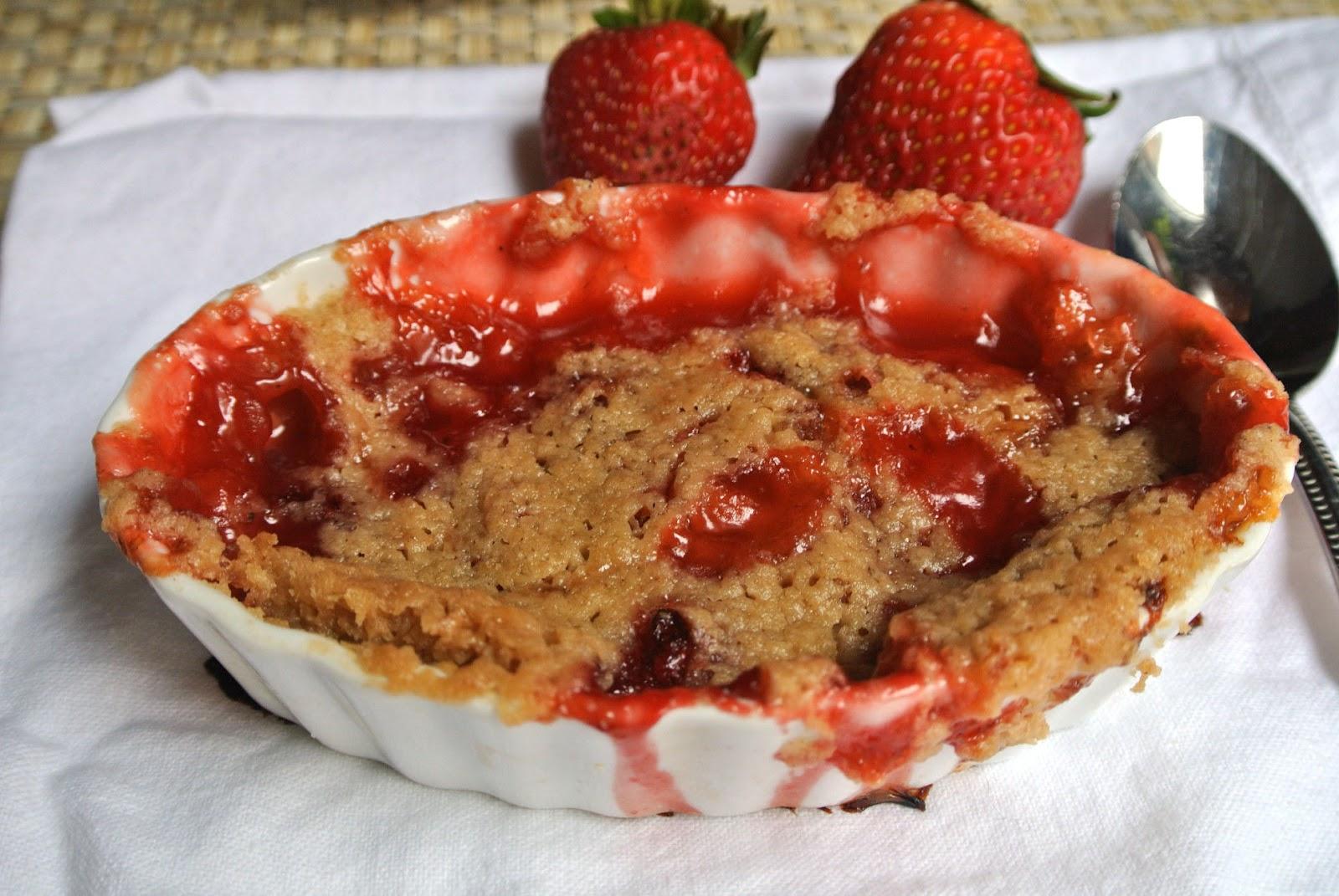 Mom, What's For Dinner?: Sugar Free Strawberry Cobbler