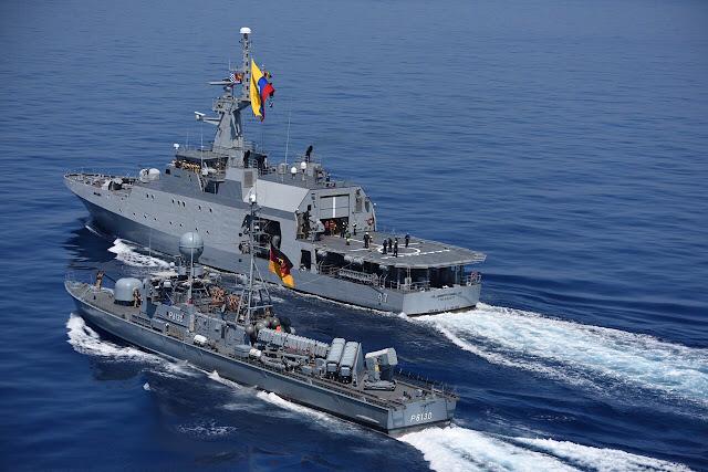 El patrullero oceánico ARC 7 de Agosto y el patrullero misilero Hyane de Alemania.