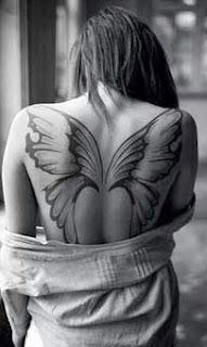 tatuagem delicada e feminina