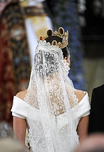 The royal order of sartorial splendor readers 39 top 10 for Swedish wedding dress designer