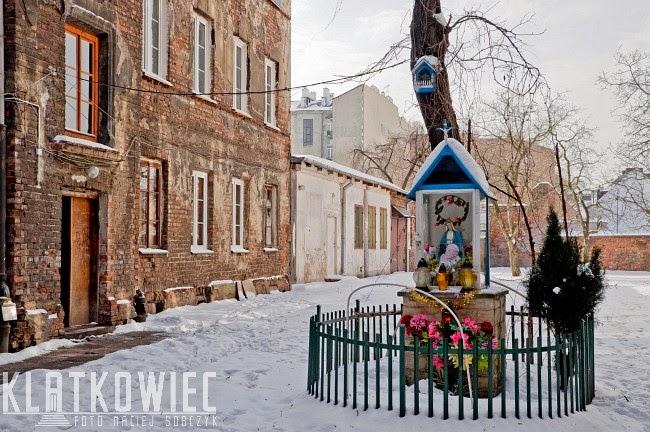 Warszawskie kapliczki - historia ciągle żywa