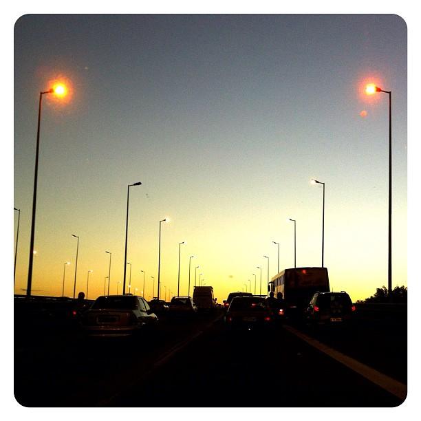 Por do sol na Ponte Colombo Machado Salles - Florianópolis