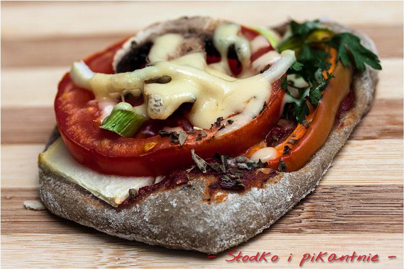 Mini pizza pszenno-żytnia