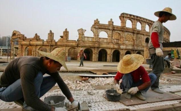 El extraño mundo de las ciudades réplica chinas